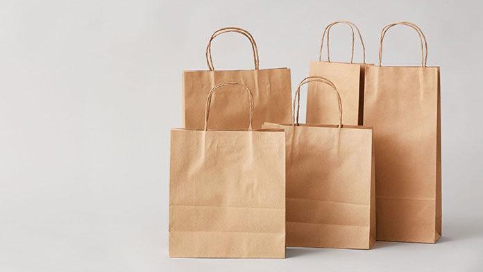 Czym kierować się wybierając torebki papierowe